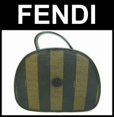 FENDI(フェンディ)のぺカン柄