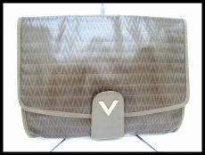 VALENTINO(バレンチノ)/セカンドバッグ