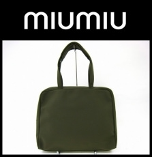 miumiu(ミュウミュウ)のビジネスバッグ