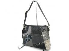 COACH(コーチ)のパッチワークトップハンドルポーチのハンドバッグ