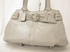 COACH(コーチ)のクローバー パーライズド レザー キャリーオールのショルダーバッグ