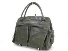 エンリコアンティノリのハンドバッグ