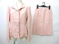 オジャールパリスのスカートスーツ