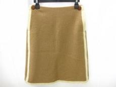 グランミディのスカート