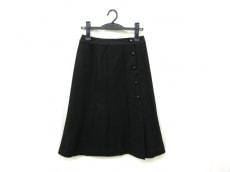 エピウスプレイスのスカート