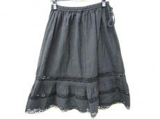 アンラシーネのスカート