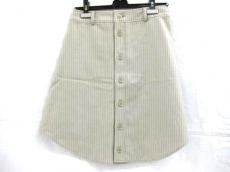 デプトのスカート