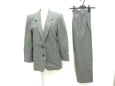 YvesSaintLaurent(イヴサンローラン)/レディースパンツスーツ