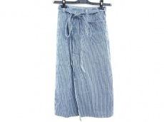ドゥファミリーのスカート