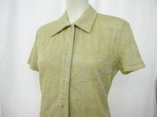 アンプリベのシャツ