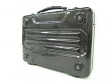 マルエムクルーブロンコのビジネスバッグ