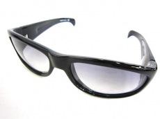 イニシウムのサングラス