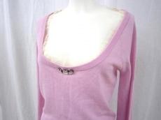 デイジーのセーター
