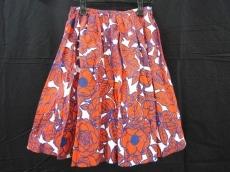 ジャストインケースのスカート