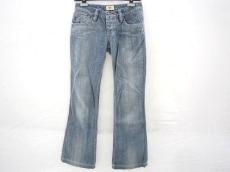 アンティックデニムのジーンズ