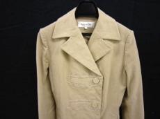 フレアバイジョーのコート