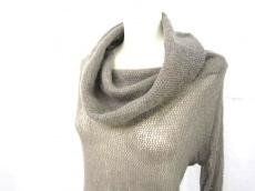 ヴォーンアレキサンダーのセーター