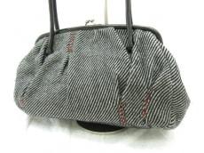 miumiu(ミュウミュウ)のショルダーバッグ