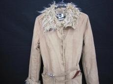 フェレジーンズのコート