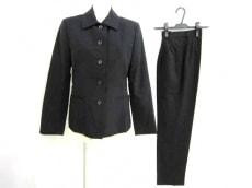 ハムステッドのレディースパンツスーツ