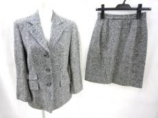 ハムステッドのスカートスーツ