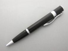 モンテベルデのペン