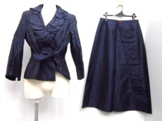 RENATO NUCCI(レナトヌッチ)/スカートスーツ