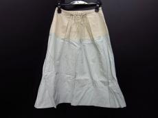 インプレッションのスカート