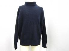 クリツィアウォモのセーター