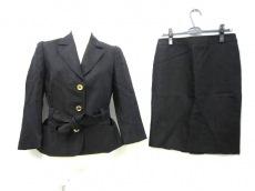 BLUMARINE(ブルマリン)のスカートスーツ