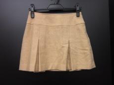 アール・エフのスカート