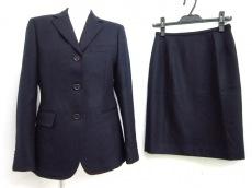 ユーロテーラーアンドコーのスカートスーツ