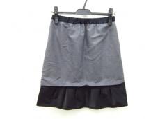 アックス(ロートレアモン)のスカート