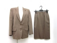 IVYLEAGUERS CLUBのスカートスーツ