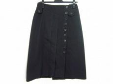 マデリンプレスのスカート