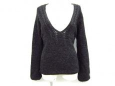 アックス(ロートレアモン)のセーター
