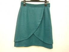 リセオのスカート