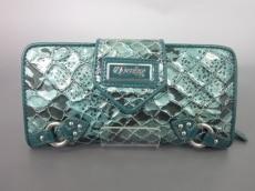 デレオンの長財布