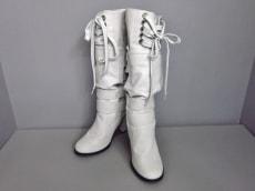 メイソンギルフィのブーツ