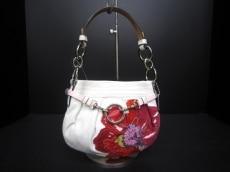COACH(コーチ)のポピープリーテッドスモールハンドバックのハンドバッグ