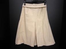 リリのスカート