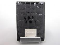 COCCO FIORE(コッコフィオーレ)のカードケース