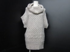 アクータのセーター