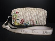 ChristianDior(クリスチャンディオール)のフラワーのショルダーバッグ