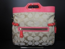 COACH(コーチ)のフィールドオーバー コンバーチブルバックのハンドバッグ