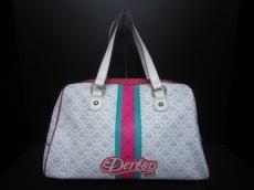 デレオンのショルダーバッグ