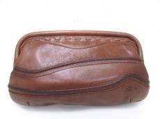 ラ・ストラーダのクラッチバッグ