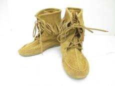 ロッタラブのブーツ