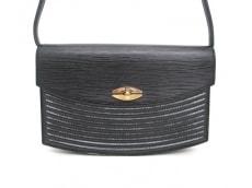 LOUIS VUITTON(ルイヴィトン)のプレブールのショルダーバッグ