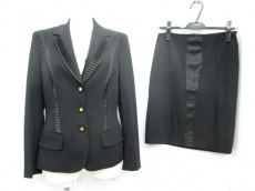VERSACE(ヴェルサーチ)/スカートスーツ